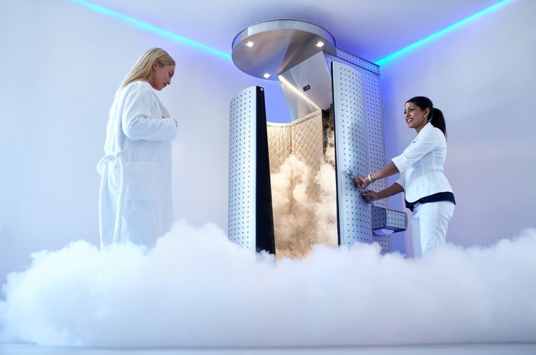 Intro Whole Body Cryotherapy Session + FREE Additional Services