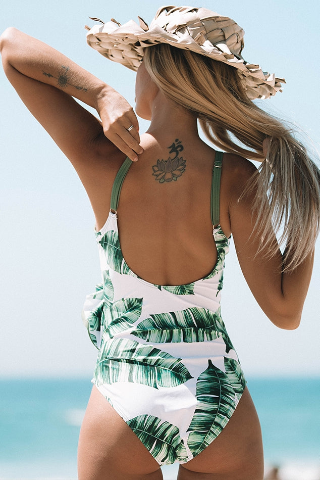 Romantic Beach Ruffled Print and Solid Color Contrast One-piece Swimsuit