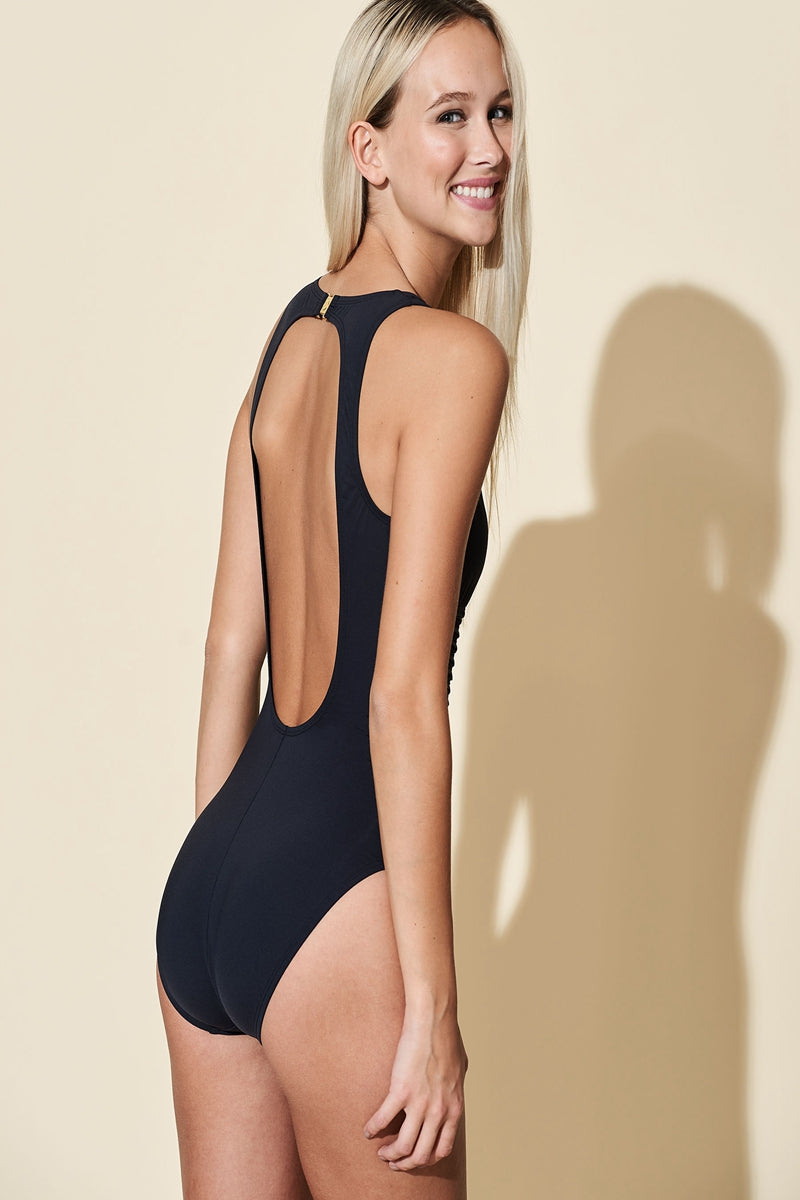 GET IN LINE ONE-PIECE