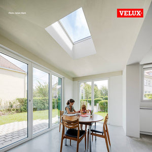 The dining table under the biggest fixed skylight on the market. This perfect skylight gives the most natural light possible.