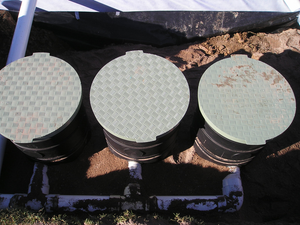 large filtration units with alloy lids