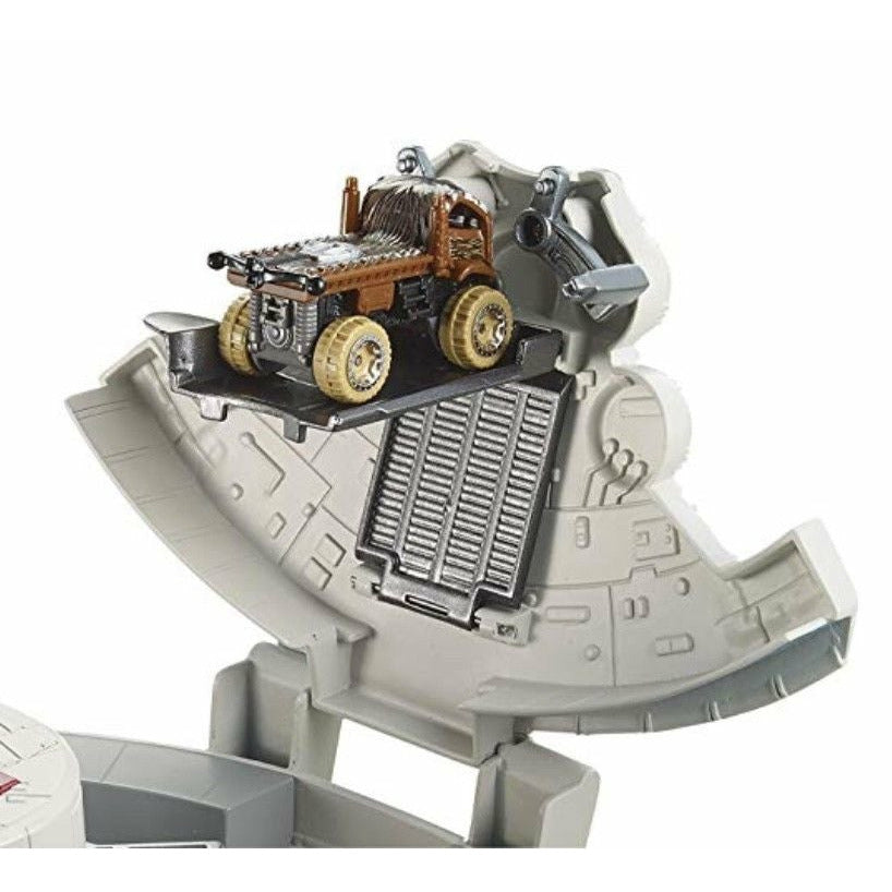 Mattel Star Wars Ep 8 Charater Millennium Falcon Playset - Hot Wheels Episode