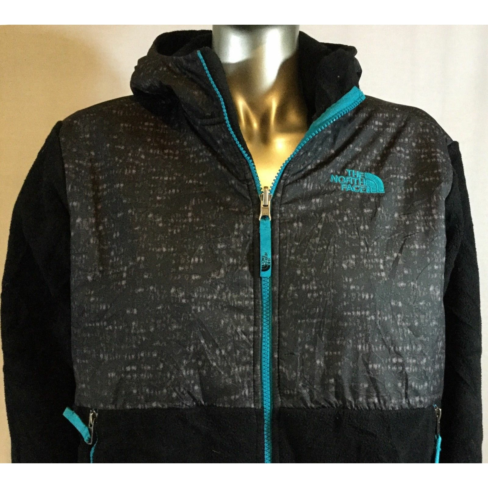 Women's, The North Face Jacket, Size XL, 18-20, Color Black and teal