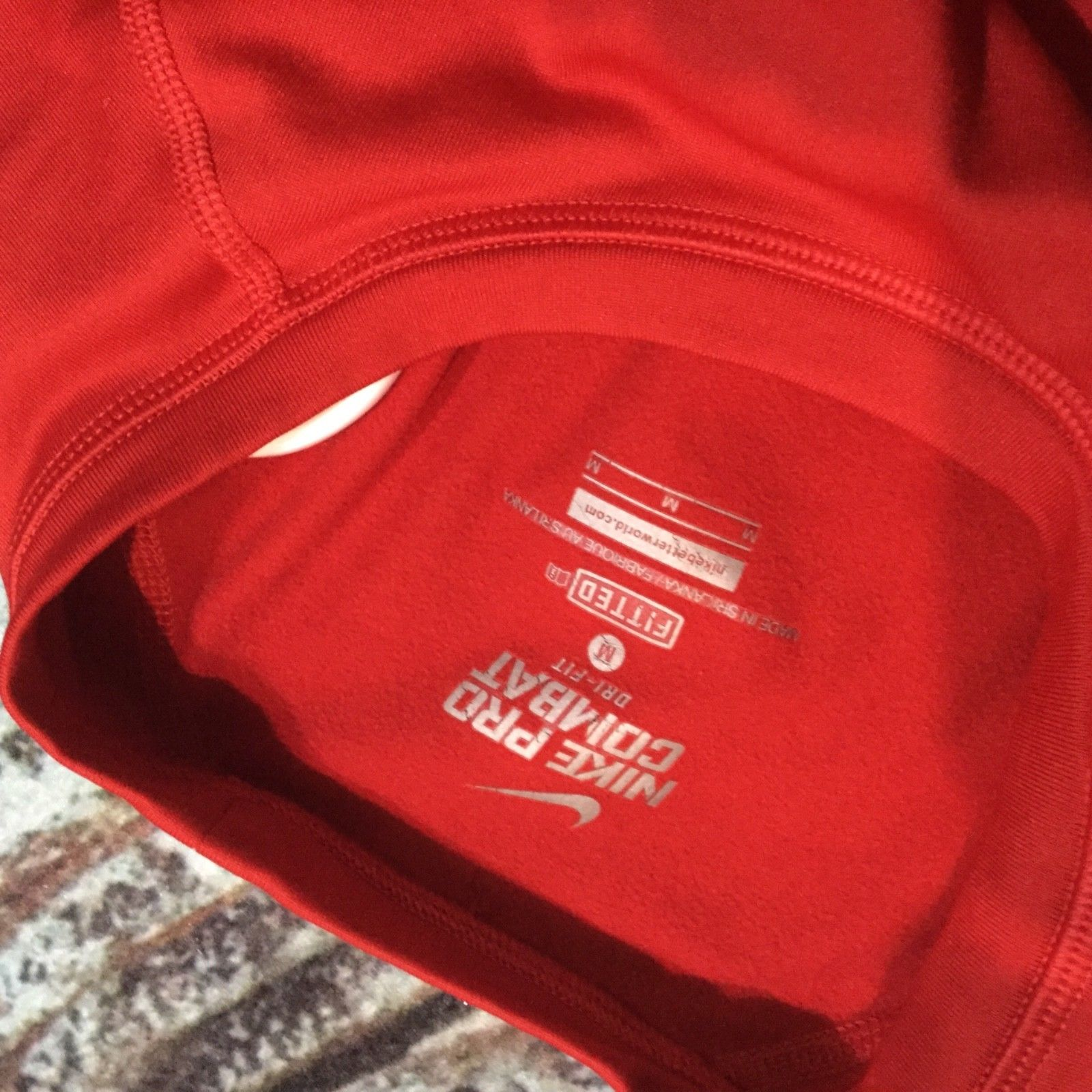 Women's Nike pro combat, thermal fit, long sleeve, Col Red, Size M, Dri Fit