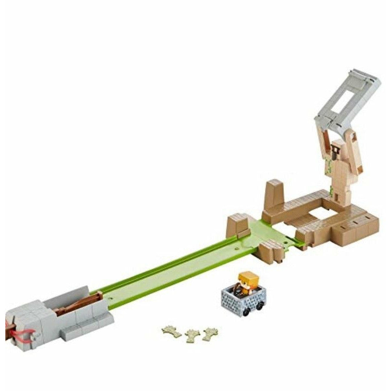 Hot Wheels Minecraft Golem Toss Playset