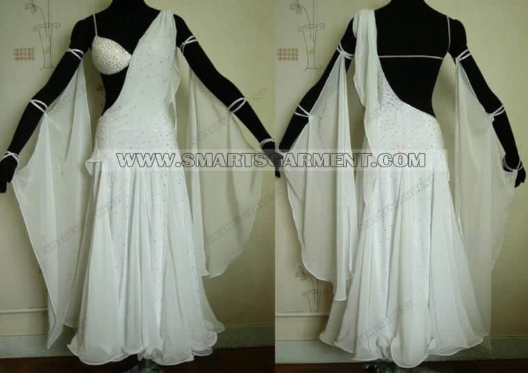 ballroom dance apparels,tailor made ballroom dancing apparels,tailor made ballroom competition dance apparels,american smooth gowns