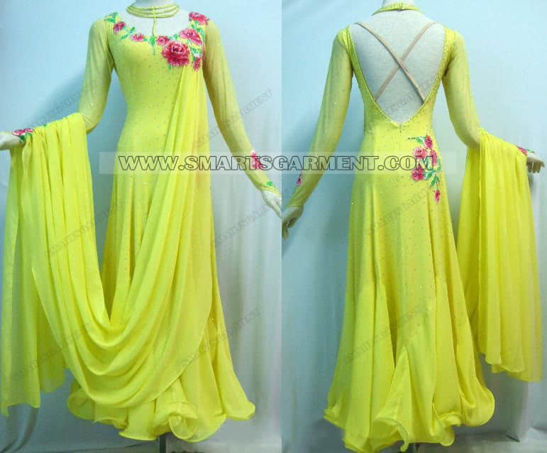 tailor made ballroom dance apparels,ballroom dancing outfits for competition,big size ballroom competition dance dresses,personalized ballroom dancing gowns