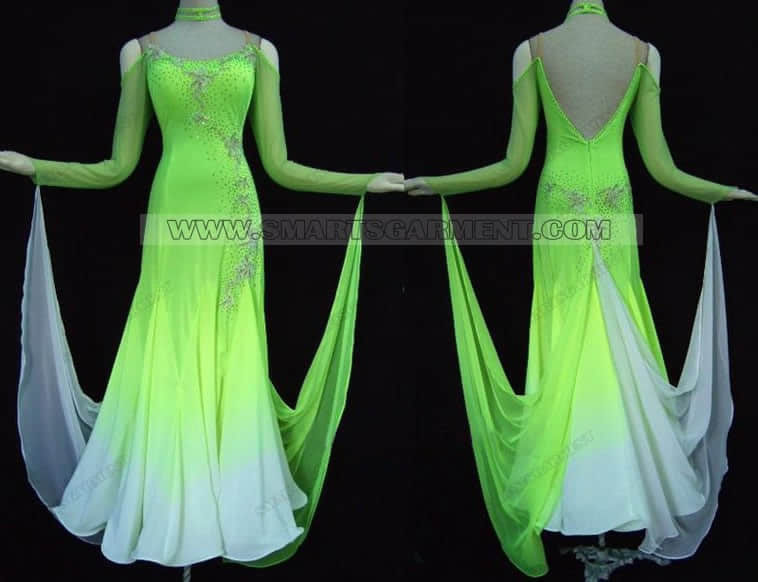 ballroom dance apparels for women,ballroom dancing attire for competition,plus size ballroom competition dance outfits,ballroom dance gowns shop