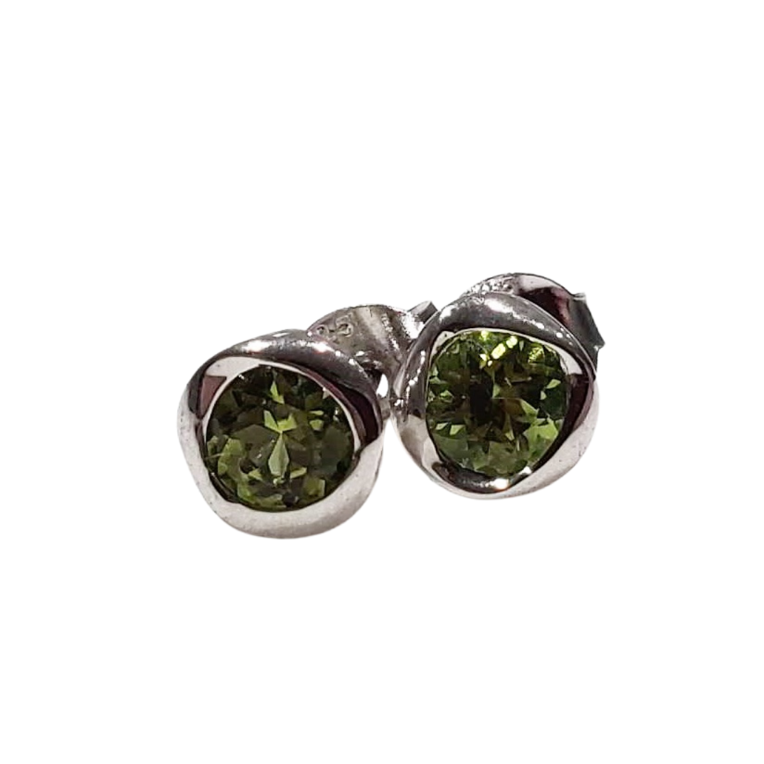twirl stud earrings 925 sterling silver with peridot