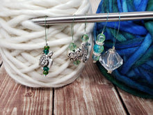 Load image into Gallery viewer, Green Stitch Marker Set