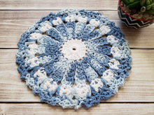 Load image into Gallery viewer, Blue Pink Green Cotton Crocheted Dishcloth Set - Flower Design Dish Cloth - Round Kitchen Wash Cloths