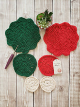 Load image into Gallery viewer, Green White Red Cotton Crocheted Washcloth Set - Round Kitchen Dish Cloths - Face Scrubber - Makeup Remover