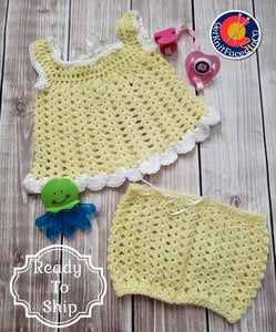 Newborn Baby Girl Coming Home Outfit - 0 to 3 Month Size Set - Shell and Eyelet Design