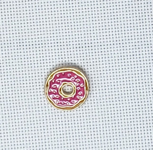 Donut Needle Minder - Cross-Stitch Needle Holder - Magnetic Needle Nanny