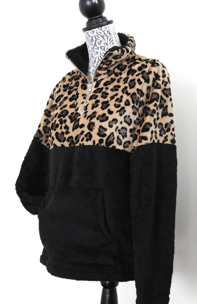 STAY HOME half-zip sherpa fleece - Black Leopard