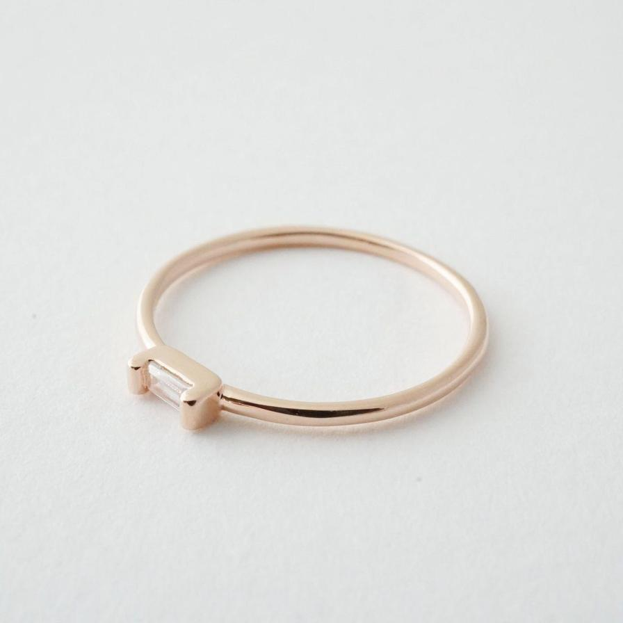 Honeycat Crystal Baguette Ring - Rosegold