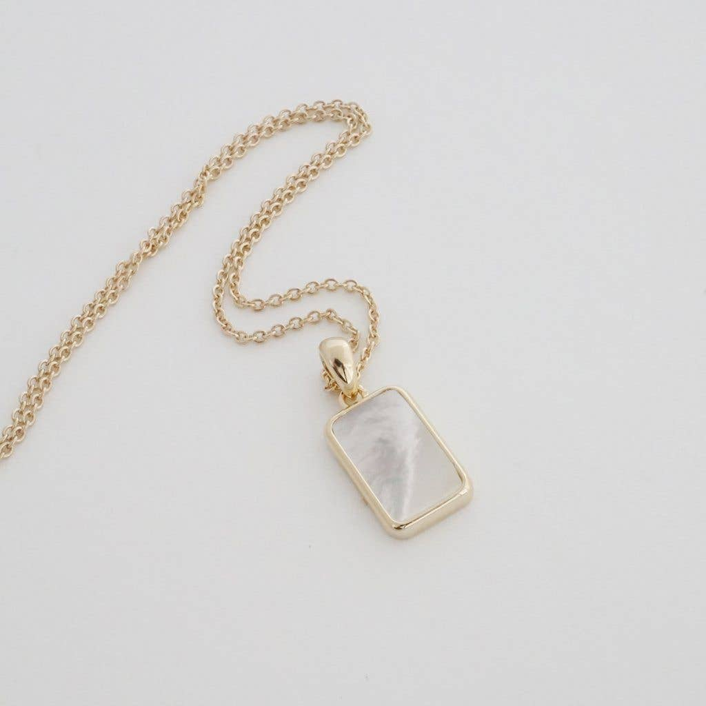 Honeycat Moonlight Pendent Necklace - gold