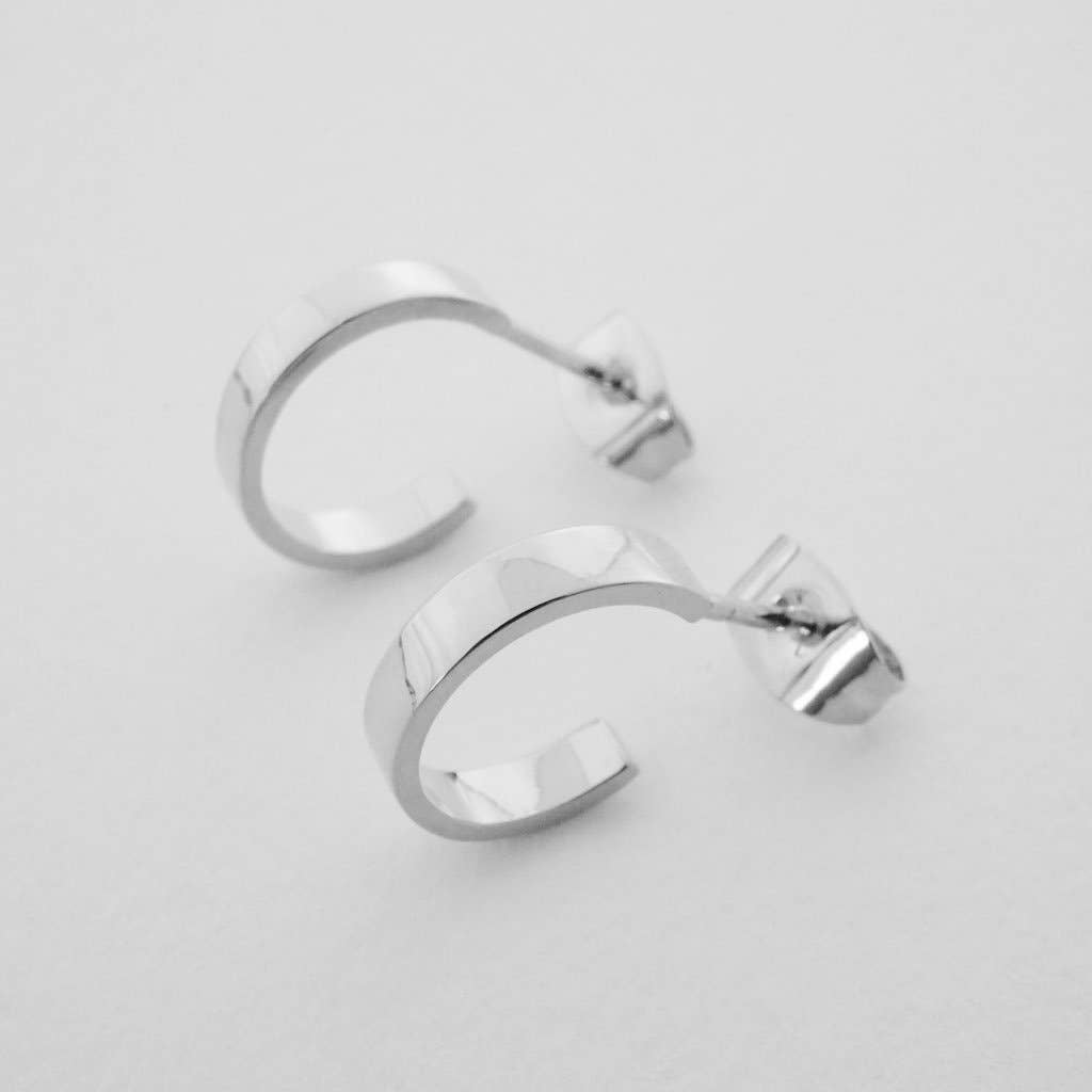 Honeycat Huggie Hoops - silver