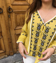 Load image into Gallery viewer, Blouse geel aztec