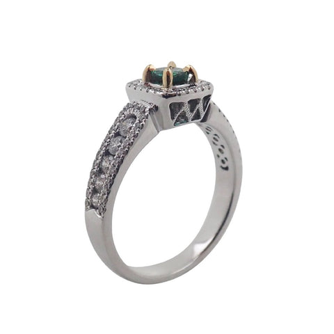 Gorgeous Green Emerald & Diamond Ring