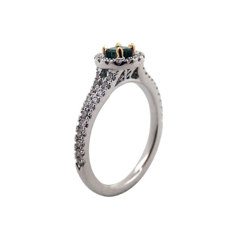 Gorgeous Emerald & Diamond Ring