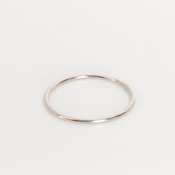 Smooth Wire Stacking Ring