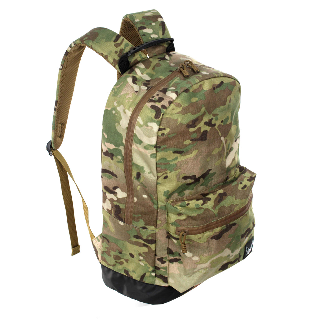 military inspired, tactical inspired, tactical bags, tactical style, tactical street, tactical streetwear, dior, dior bags, dior messenger, dior wear, Herschel bags, perfect for travel, functional stylish bags, travel accessories, travel bags, unisex travel bags, unisex accessories, discover bags, top travel bags, visvim,