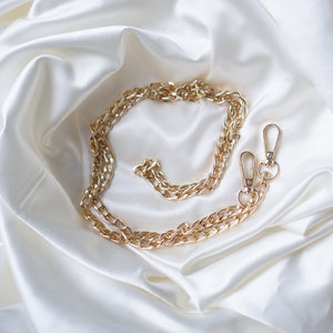 Luxegarde's Premium Gold Chain Strap is the perfect accessory to customise the look of your existing bags, convert your favourite small leather goods into a bag or just as a replacement strap (For Louis Vuitton Mini Pochette, Pochette Accessoires, Pochette Metis, Speedy), and Cosmetic Pouch adding D Rings