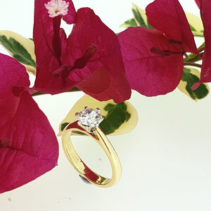 0.70ct H VS2 Greenhouse Diamond set in a 18ct Yellow Gold Solitaire Ring