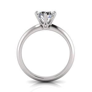 Solitaire Diamond Ring made with 18K Gold and Lab Grown Diamond from Australia