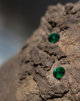 6.35 MM Round Shape Preciosa Crystal Hot Fix in Emerald Color