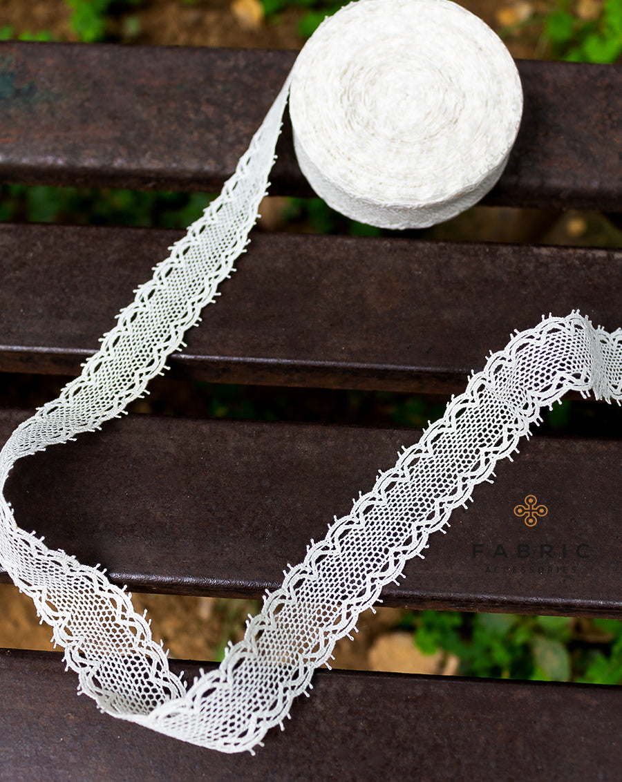 Dyeable cotton crochet narrow width Jaal/Net design lace