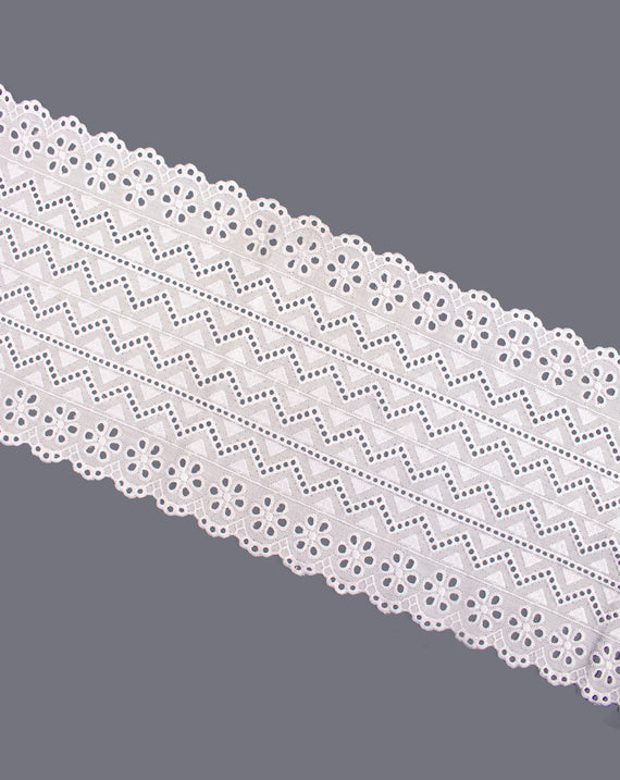 Dyeable cotton wide width lace