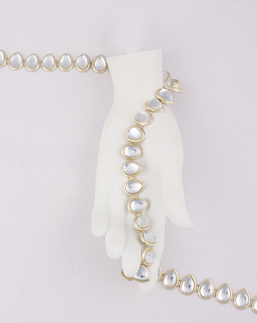 Water Gold Plated Droplet white stones Plastic base Chain