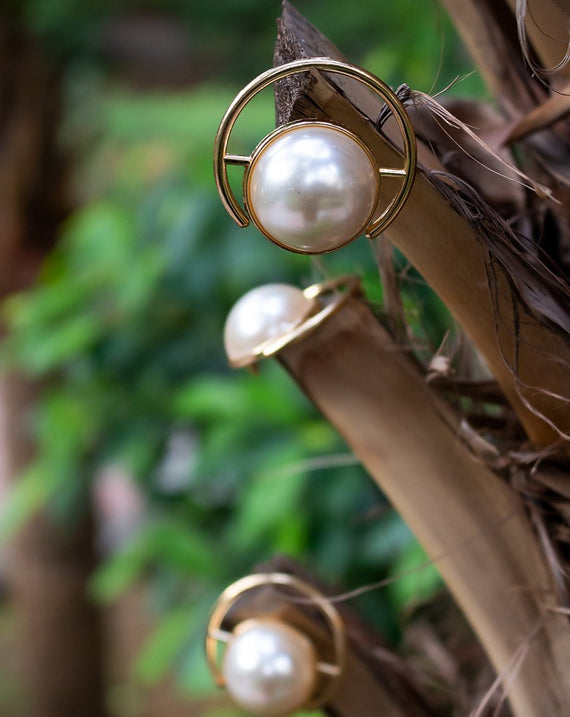 Golden Metal Pearl Button