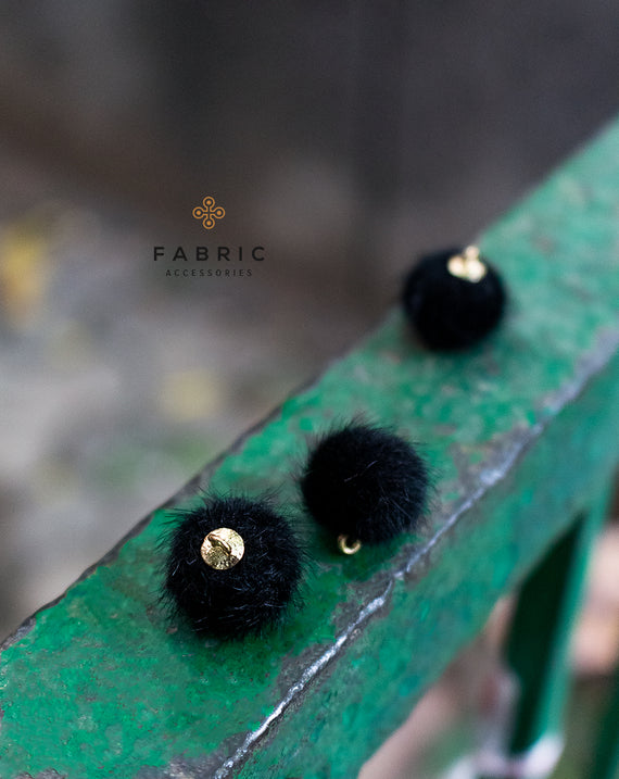 Fur Fabric Ball Button-Black