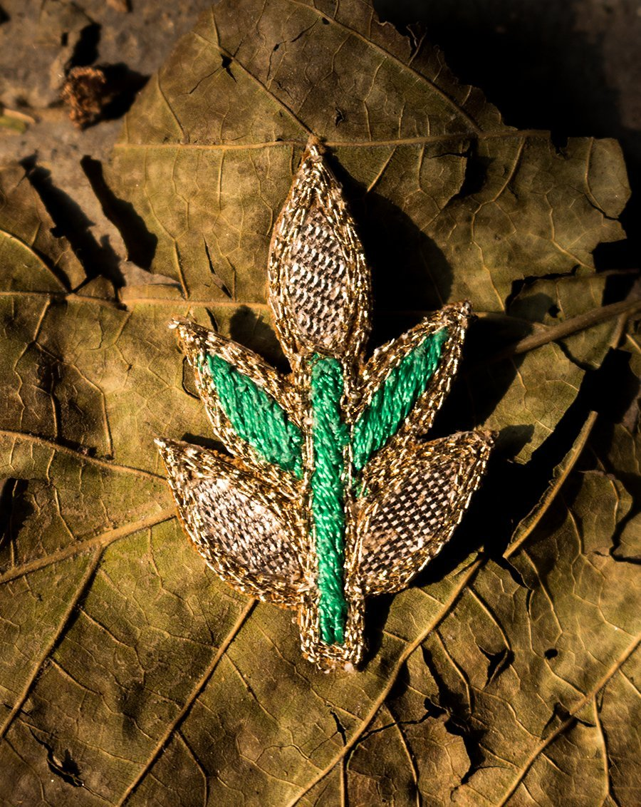 Handmade embroidery Leaf Booti-Green