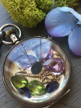 Load image into Gallery viewer, Antique Pocket Watch Shaker Locket