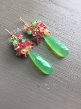 Load image into Gallery viewer, Chrysoprase Cluster Earrings