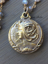 Load image into Gallery viewer, Art Nouveau Slide Locket