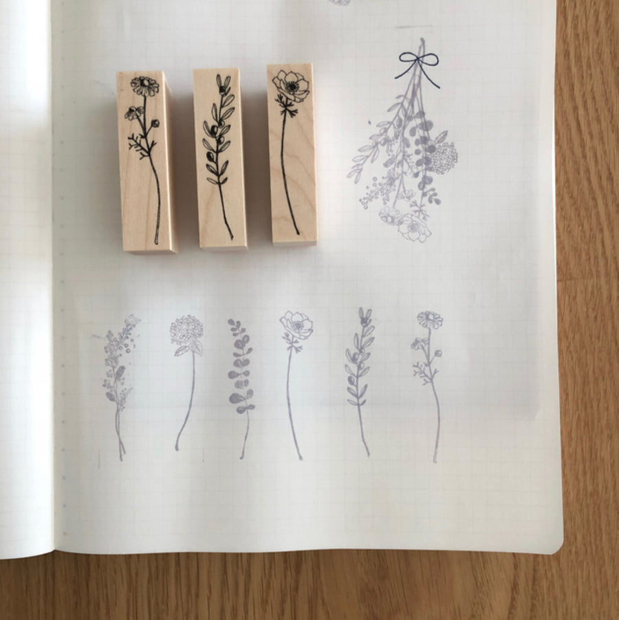 Kubominoki Floral Series Rubber Stamp - Chamomile