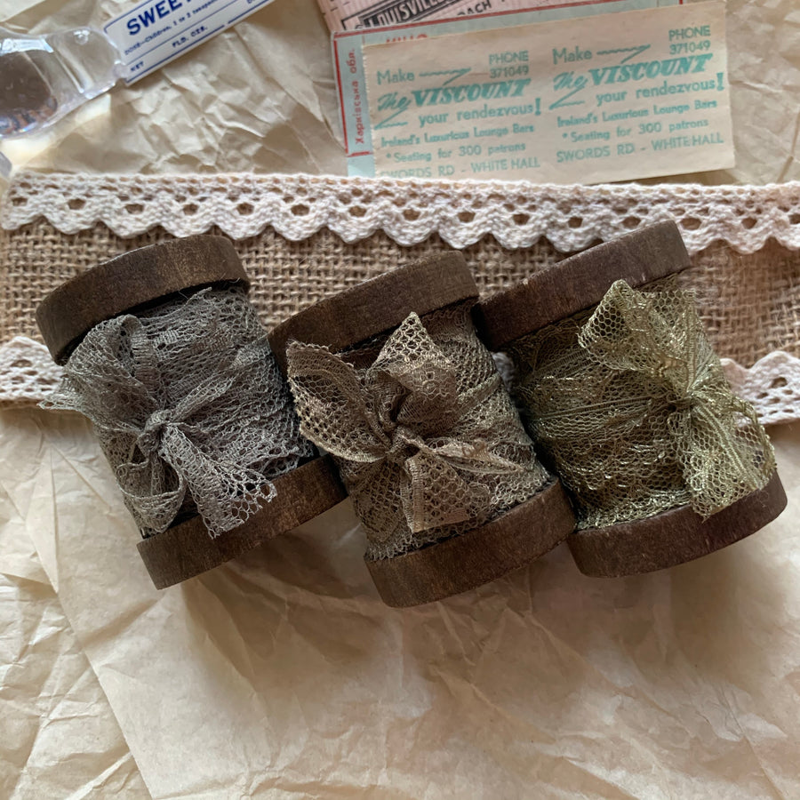 Vintage French Lace Ribbon - Silver Peony