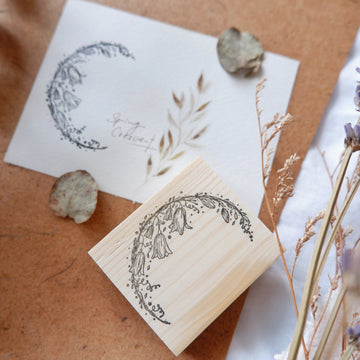Laabiri Spring Crecent Rubber Stamp