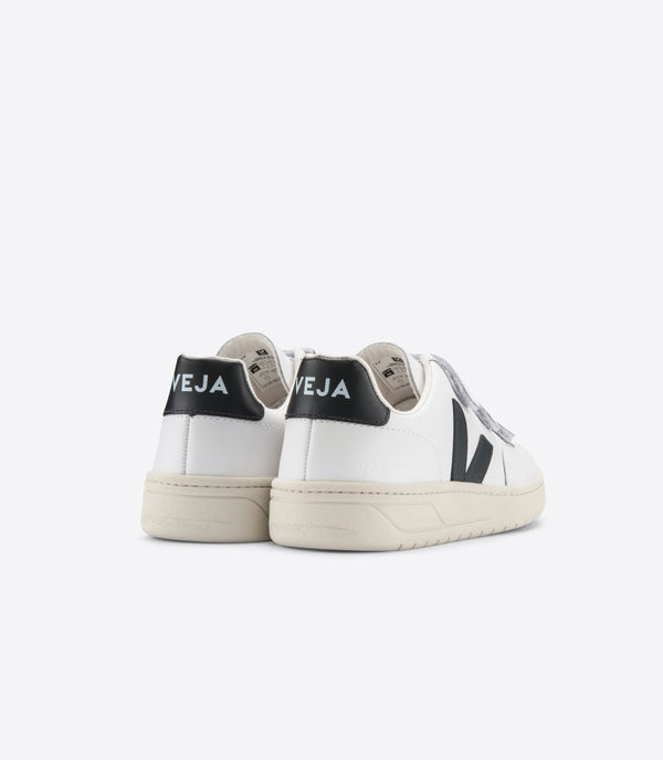 VEJA V-Lock Leather Extra White Black Sneaker