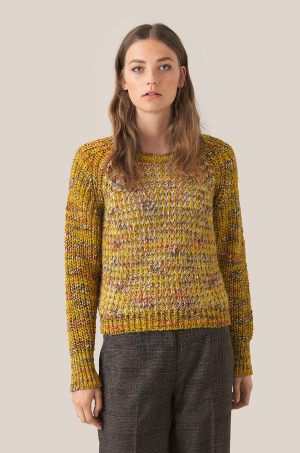 Oak Knit O-Neck
