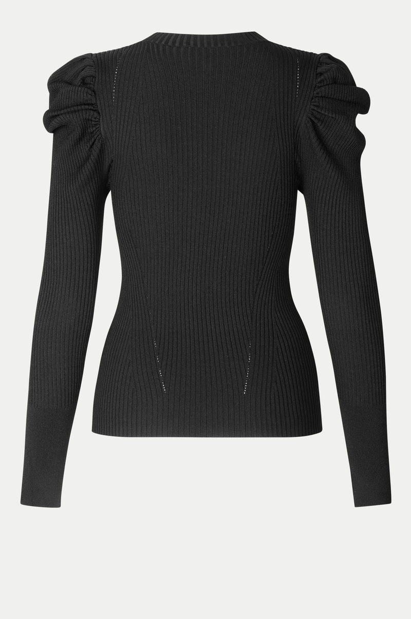 Canil Knit T-Neck