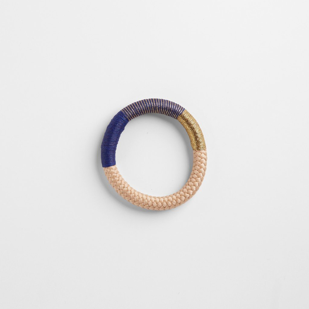 Handcrafted summer rope bracelet by Pichulik