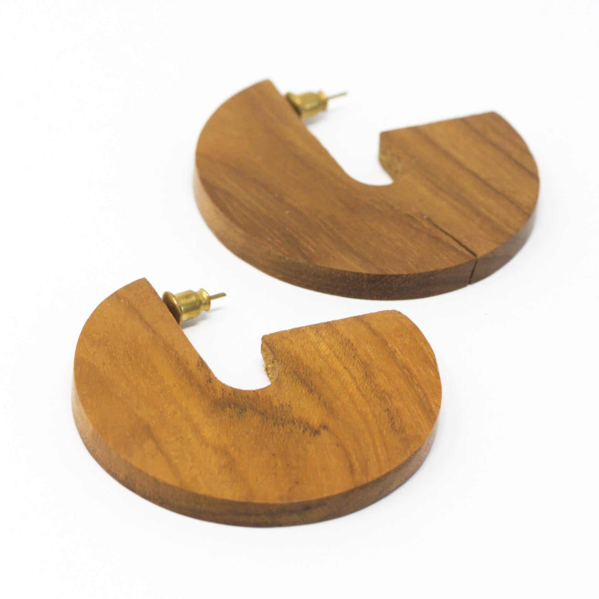 Rover & Kin Wood Disc Earrings
