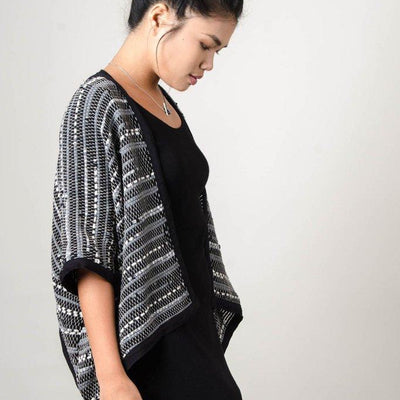Handwoven zero waste cardigan - by Tonle