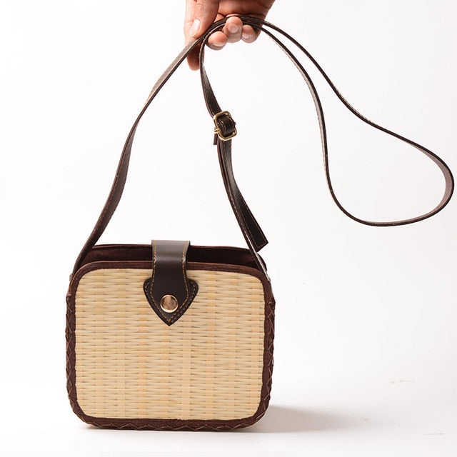 Retro Straw Crossbody Bag I Puffee